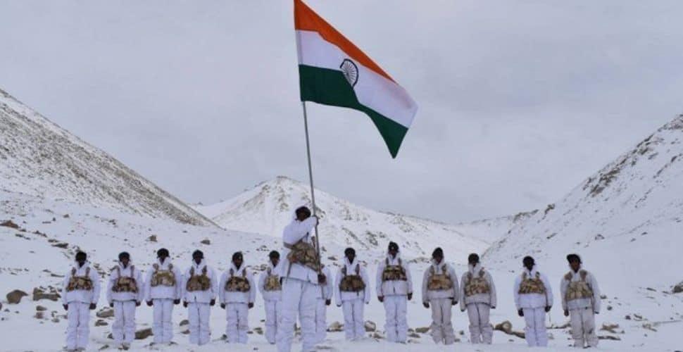 લદ્દાખમાં ભારતીય સેના 30 મંજિલની ઉંચાઈ પર તૈનાત, 9 ચીની સૈનિક પર એક જ ભારતીય જવાન કાફી.